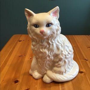 VINTAGE HUGE WHITE PERSIAN CAT FIGURINE